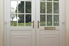 Double-entrance-doors